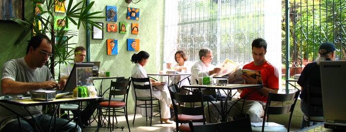 Oficina Cultural Revistaria is one of Melhores de Santana e região.