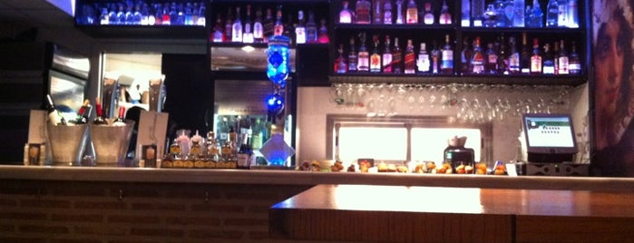 Las Tres Manolas is one of Madrid: de Tapas, Tabernas y +.