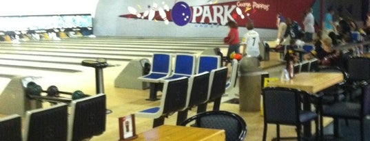 Ten Park Lanes is one of Clt drank.