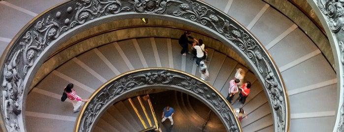 Vatican Museums is one of 101 cose da fare a Roma almeno 1 volta nella vita.