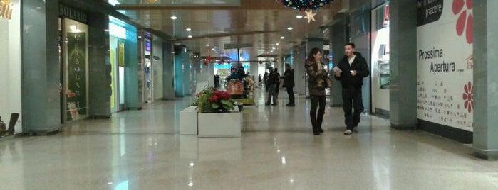 Centro Commerciale La Romanina is one of Shopping e centri commerciali a Roma e dintorni.