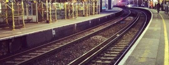 Vauxhall Railway Station (VXH) is one of Terminais!.