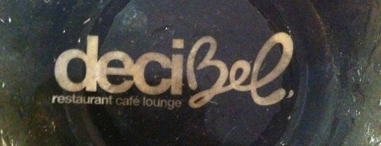 Decibel bar is one of Sippin n chillin.