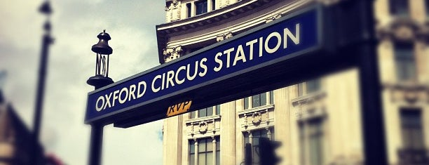 Oxford Circus London Underground Station is one of Mon Carnet de bord.