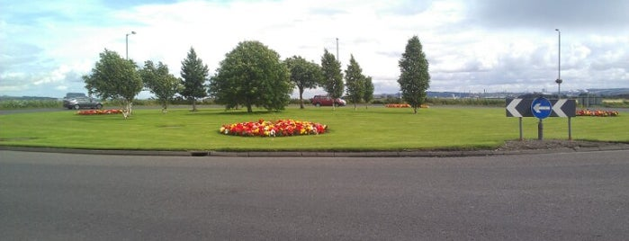 S Bellsdyke Roundabout is one of Named Roundabouts in Central Scotland.