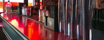 Popolo City Bar & Dog House Urban Eatery is one of Newcastle Upon Tyne.