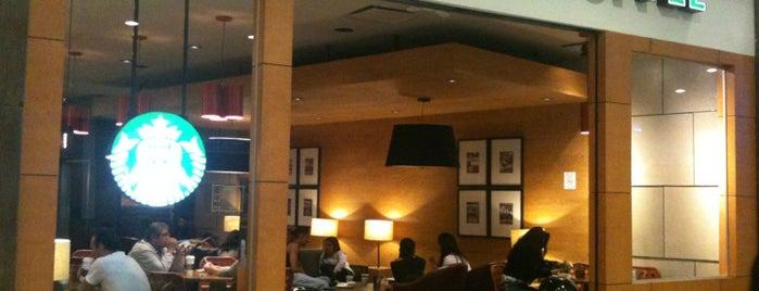 Starbucks is one of Lugares Lindavista.
