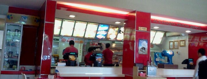 KFC is one of เที่ยว Phnom Penh.