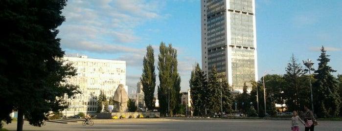 Солом'янська площа is one of Площади города Киева.