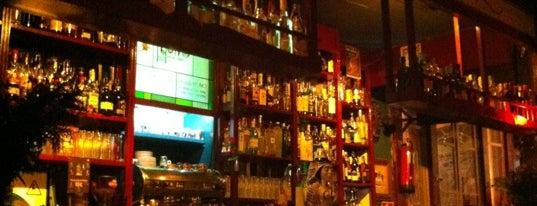 Momo Pub is one of diferentes ciudades.