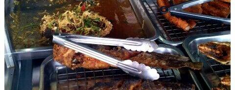น้องเกรทอาหารปักษ์ใต้ is one of Enjoy eating ;).