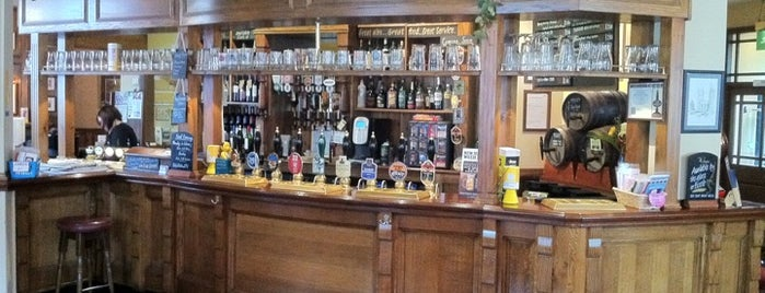 The Five Lamps is one of Real Ale Pubs in Derbyshire.