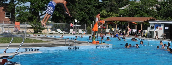 Fort Totten Park is one of NYC Parks' Free Outdoor Swimming Pools.