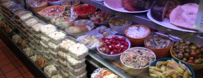 Bob's Italian Foods is one of Boston Bucket List.