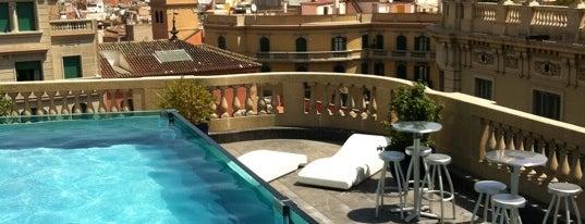 Hotel Ohla is one of Mejores Terrazas en Barcelona.