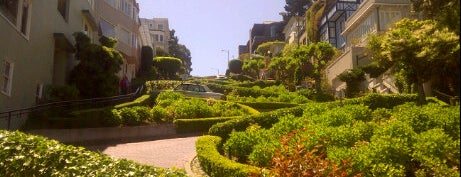 Lombard Street is one of USA Trip 2013 - The West.