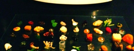 Alinea is one of A Restaurant For Everywhere.