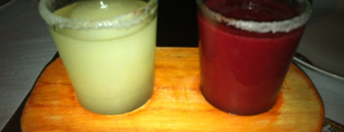 Los 3 Amigos is one of Mexfood.