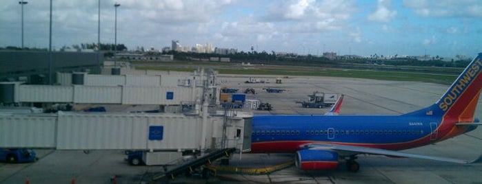 Aéroport international de Fort Lauderdale-Hollywood (FLL) is one of Airports - worldwide.