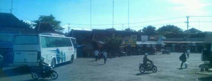Terminal Ir. Soekarno Kabupaten Klaten is one of Favorite Arts & Entertainment.