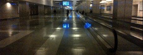 Atatürk Havalimanı Metro İstasyonu is one of M1A / M1B - Metro İstasyonları.
