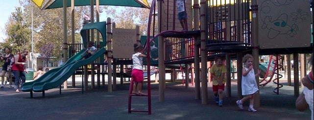 The Best Playgrounds In Los Angeles - 15 of the worlds coolest playgrounds