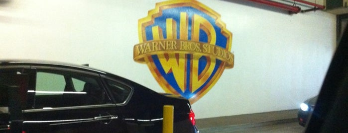 Warner Bros. Studios is one of I'm in L.A. you trick!.