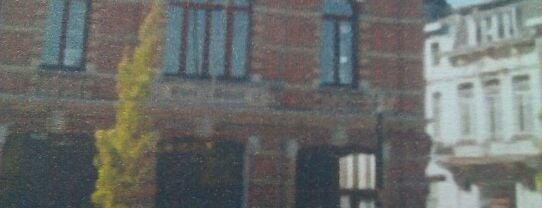 Het Roze Huis is one of Antwerpen.