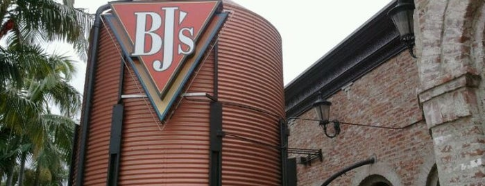 BJ's Restaurant & Brewhouse is one of Must-visit Food in Brea.
