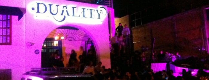 Duality Club - Restaurant & Club is one of Bares & Antros Gay Lesbicos.