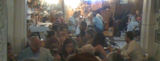 Beyaz Cafe is one of Gidilen & Beğenilen.