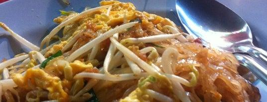 ผัดไทย สุโขทัย หน้าเซเว่น is one of Cuisine.