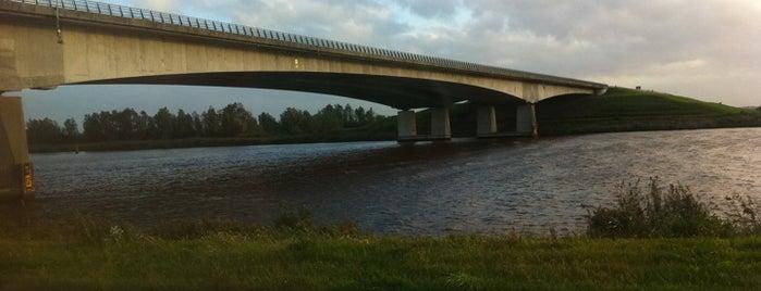 Stichtse Brug is one of Bridges in the Netherlands.