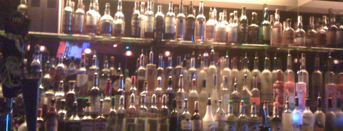 Aromas Cigar Bar And Lounge is one of Places to try.