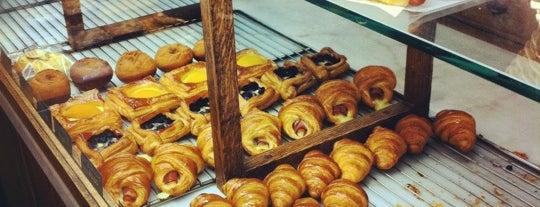 Cream Pan Bakery & Cafe is one of Foodie.