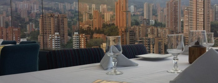 Tony Roma's is one of RESTAURANTES MEDELLIN.