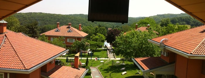 Village Park Resort & Spa is one of Spor Mekanları.