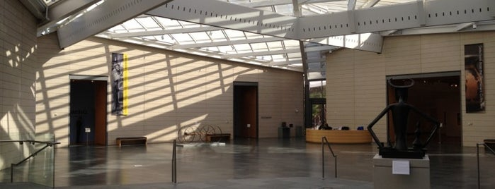 Nasher Museum of Art is one of Orientation Week Locations.