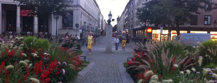 Gärtnerplatz is one of All the great places in Munich.