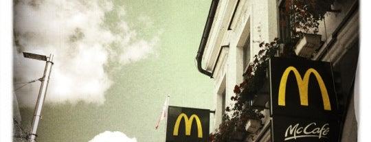 McDonald's & McCafé is one of Free WiFi.