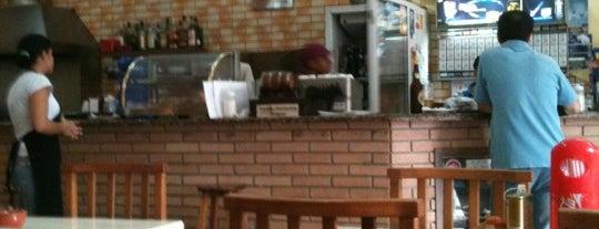 Firmino's Bar E Restaurante is one of Hardyfloor Pisos e Revestimentos.