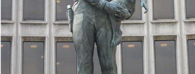 Public Art in Philadelphia (Volume 1)