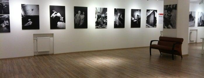 İstanbul Fotoğraf Müzesi is one of gezginkizin listesi.