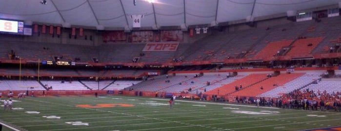 Carrier Dome is one of Syracuse.