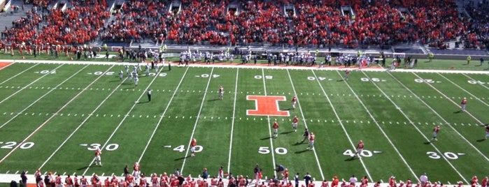 Memorial Stadium is one of B1G Stadiums.