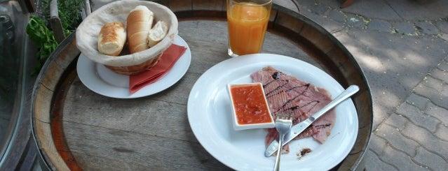 Sarki Fűszeres is one of Egy nap a városban: A legjobb reggeli nyomában.