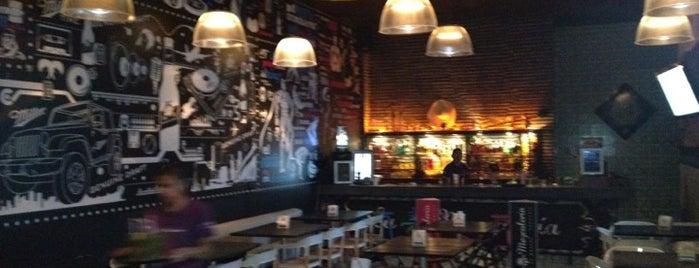 La Mezcaleria is one of Restaurantes visitados.