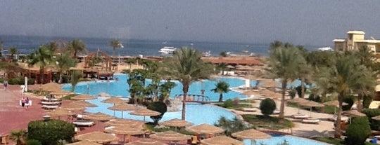 Tia Heights Makadi Resort is one of Incredible Pools.