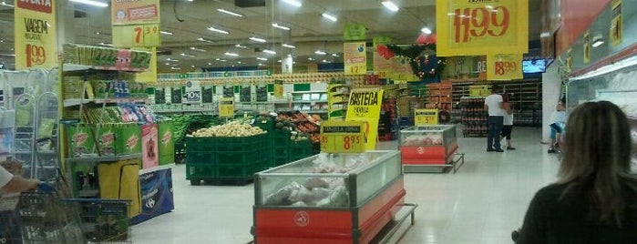 Carrefour is one of Lugares preferidos.