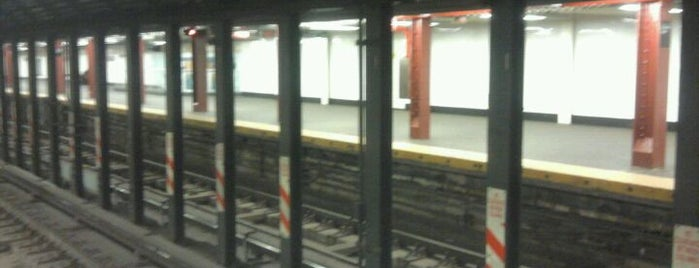 MTA Subway - Cortlandt St (R/W) is one of Subway Stations.
